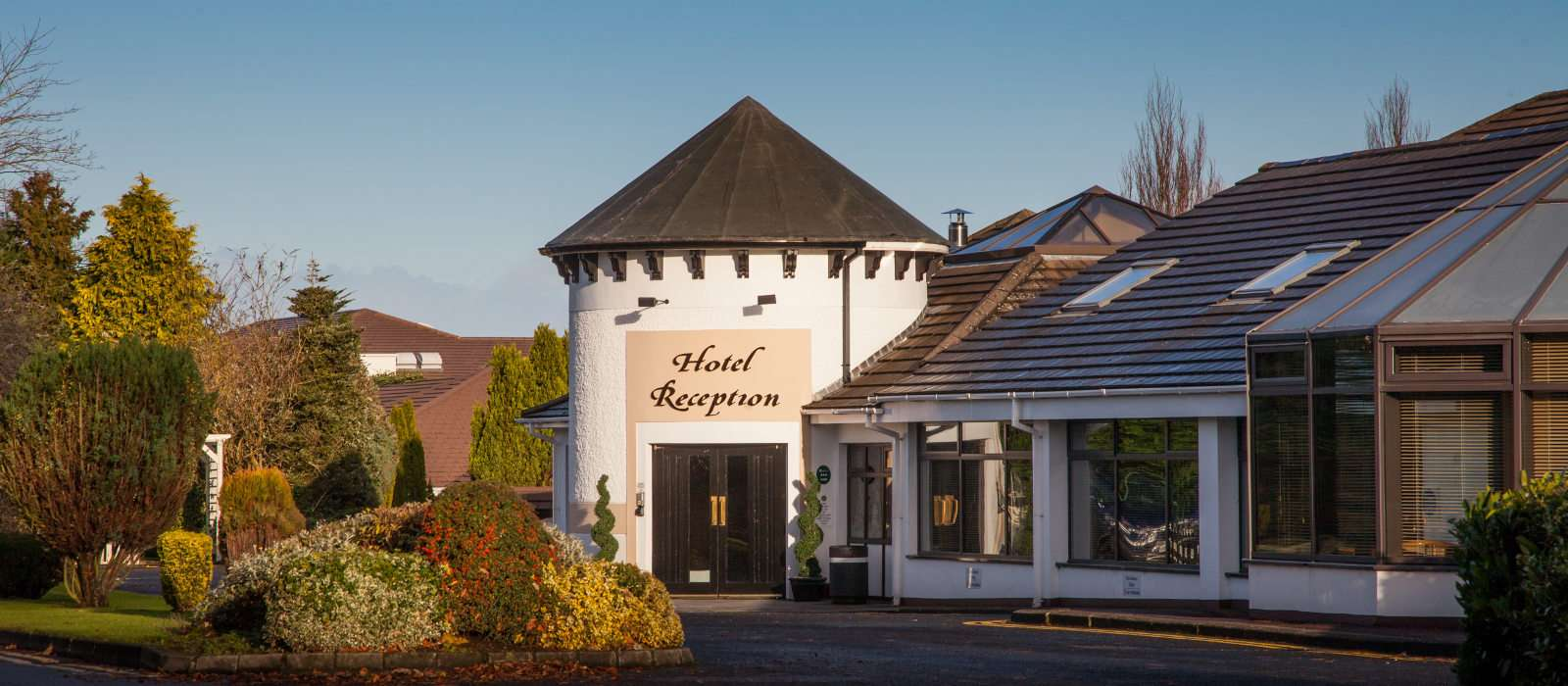Lodge Hotel Coleraine exterior