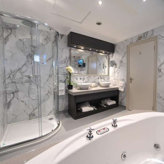 Bridal Suite Bathroom Coleraine
